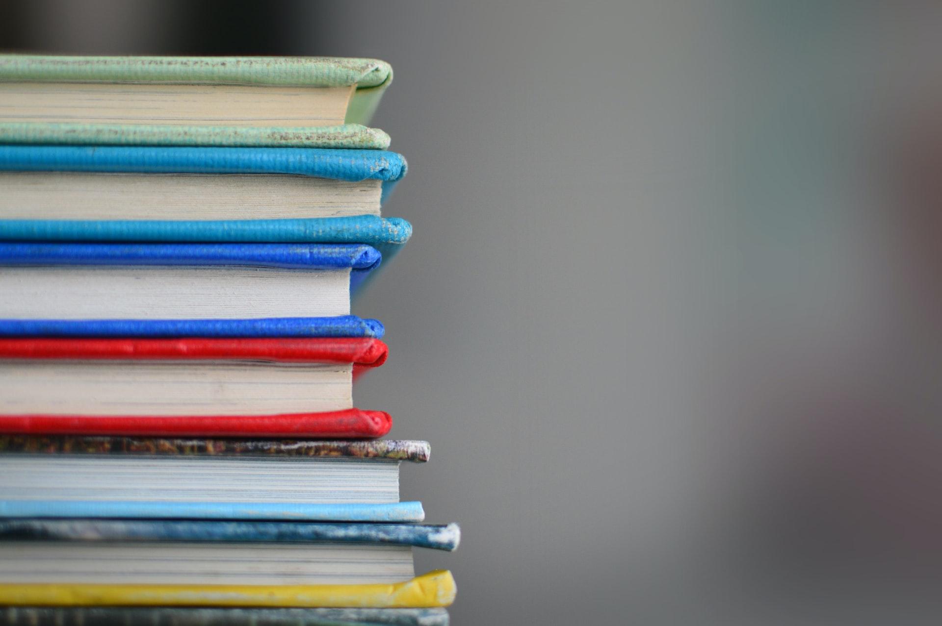 Editora Almedina lança livros de parceria com IDP